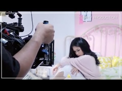 Maudy Ayunda - Kutunggu Kabarmu | Behind The Scene