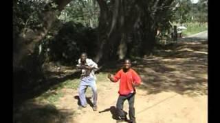 Amfumu Collins Bandawe - Tchekera Maluzi
