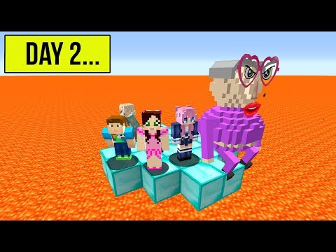 Minecraft: LAST TO LEAVE THE CIRCLE WINS 10,000 DOLLARS! thumbnail
