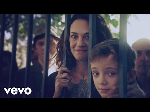 Indochine  La vie est belle Clip officiel