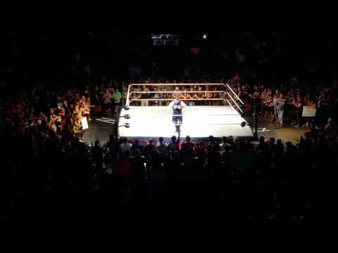 Kevin Owens post-match speech in Montréal (en français)