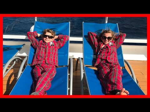 PAJAMA DAY ON THE SHIP | DISNEY CRUISE VACATION