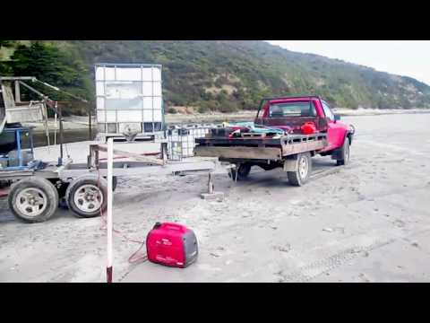 New Zealand fine gold mining with Neffco bowl