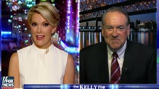 Mike Huckabee Defends Trump With Worst Analogy Of All Time