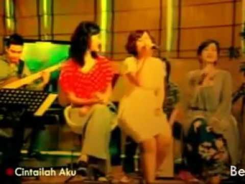 Be3 - Cintailah Aku (LIVE@8-11 Show Metro TV)
