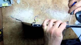 видео Залили экран ноутбука водой. Замена экрана ноутбука в Макеевке, Донецке, Харцызске