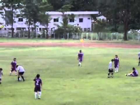วีดีโอโพสต์โดย Worawat Saenbonrat  ฟุลบอล พิษณุโลก พะเยา HQ