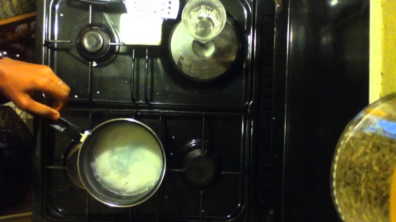 fabriquer son propre liquide vaisselle astuce nettoyage maison liquide vaisselle maison. Black Bedroom Furniture Sets. Home Design Ideas