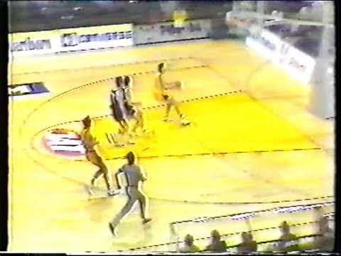 Toni Kukoc vs. Partizan 1990/91.