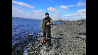 Рыбалка на водохранилище в марте лещ красноперка сомик и МЯСО на мангале