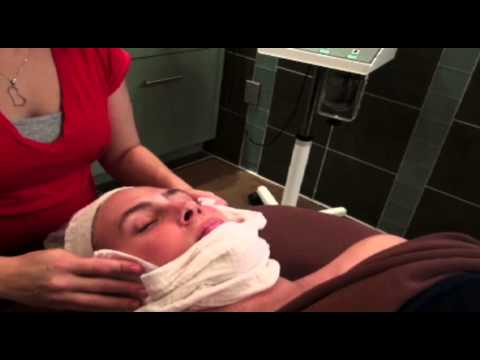 What to Expect When Getting a Facial