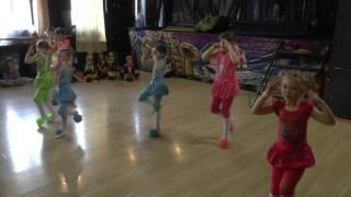 БАРБАРИКИ (дети 5-8 лет) современный эстрадный танец. Детская танцевальная студия