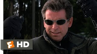 The World Is Not Enough (2/10) Movie CLIP - Ski Chase (1999) HD