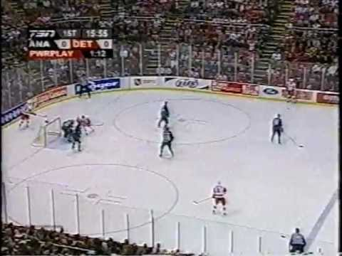 ANAHEIM DUCKS AT DETROIT RED WINGS GAME 1 2003 part 1
