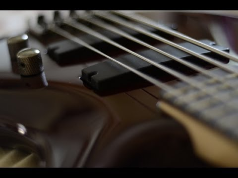 2013 ibanez soundgear sr305 rbm 5 string bass youtube. Black Bedroom Furniture Sets. Home Design Ideas