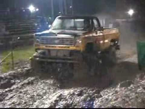 Transfer, Pennsylvania Mud Races. Deep Mud Bog Pit 2