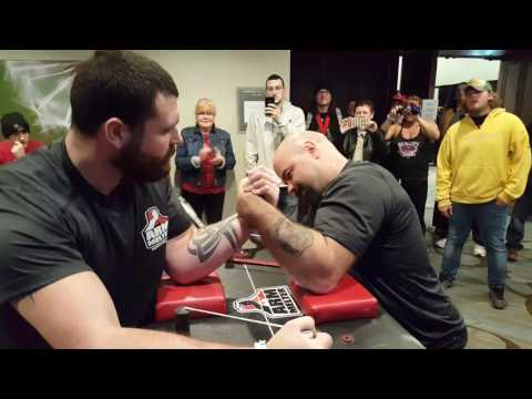 Fitness Summit Super Match - Tyler Robinson Jeff King