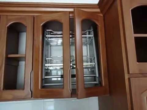 Cocina integral totalmente en madera youtube for Cocinas en ele