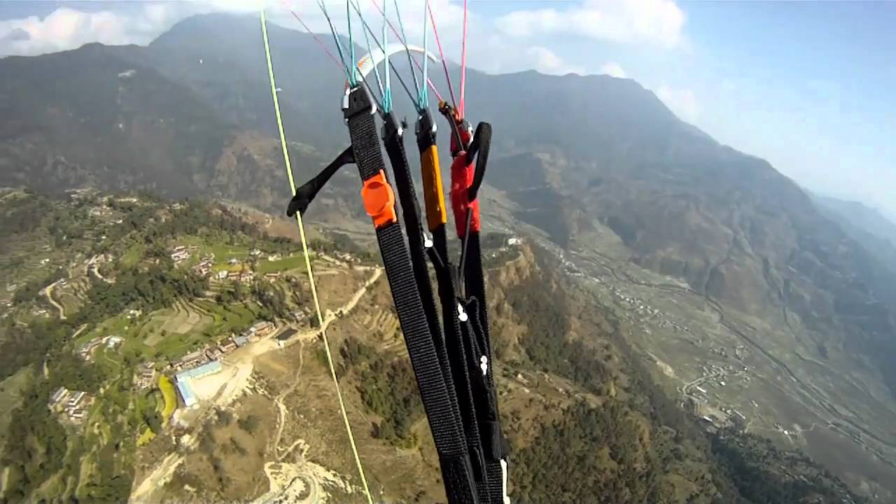 Big Thermals on the Green Wall (Nepal Paragliding)