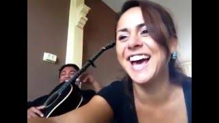 Orang Belanda Mengarang Lagu Ambon Terbaru Sambil Bernyanyi