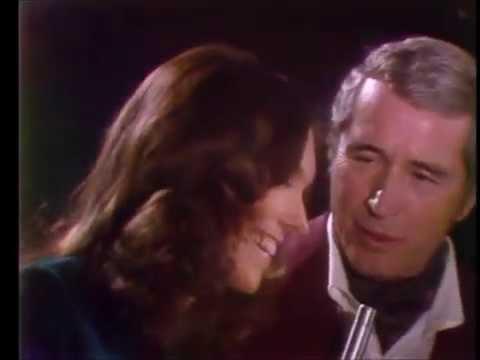 Carpenters/Como Medley - Perry Como's Christmas Show (1974)