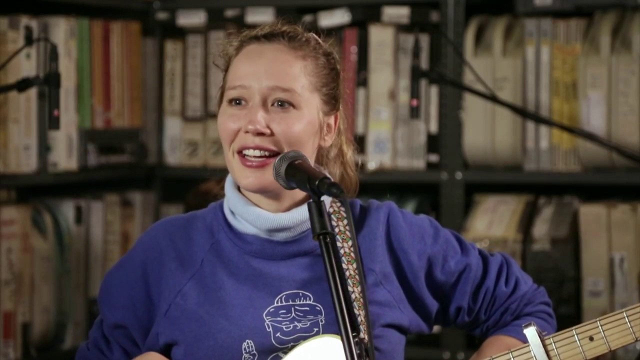 Watch Julia Jacklin Play Songs from New Album Crushing in
