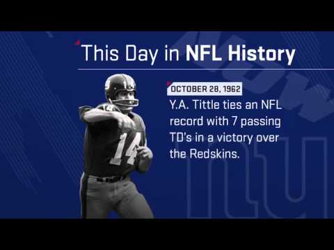 Y.A. Tittle Ties an NFL Record with 7 Passing TDs in a Game! | This Day in NFL History (10/28/62)