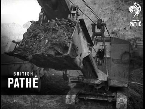Open Cast Coal Mining Near Leeds (1947)