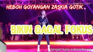 Gambar cover Zaskia Gotik - Cukup satu menit