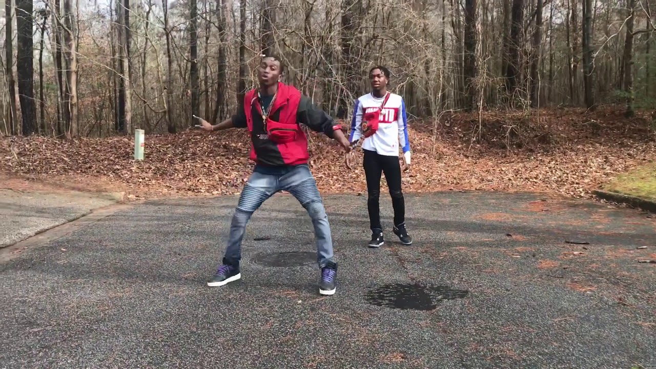 Roddy Ricch - Die Young (dance video) | @Shhhitsbadger @iightizzy