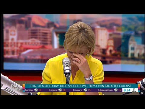 Hilary Barry gets the giggles on The Paul Henry Show
