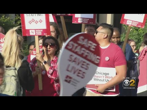 Nurses Protest Staffing Levels At University Of Chicago Medical Center