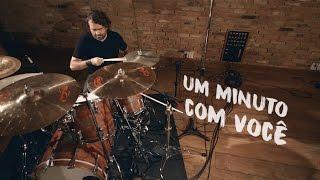 Um Minuto Com Você [Lyric Video] - Biquini Cavadão