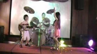 Mambo yeu thuong Kim+Thanh+Jenny.wmv