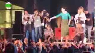 Repeat youtube video Thai Celebrities @ Pre-Welcome Sea Games Concert in Yangon