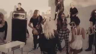 Смотреть клип Jesse Jo - Baby Love