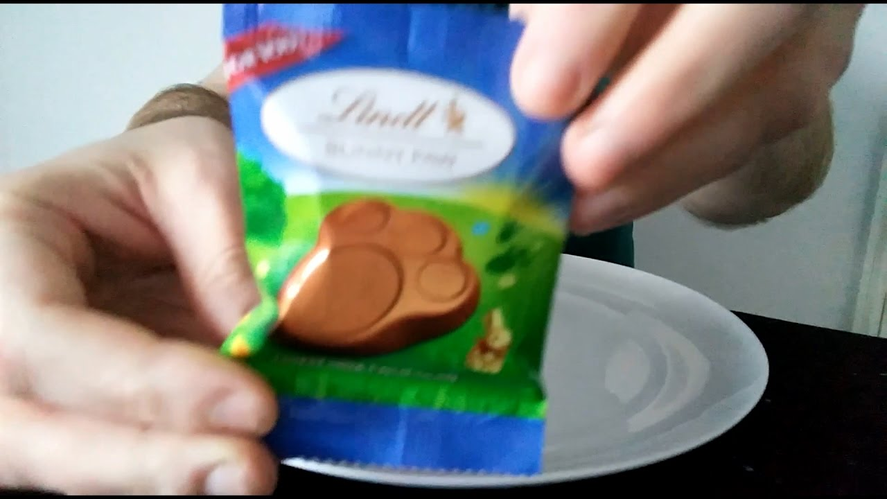 Lindt Easter Bunny Paw Review