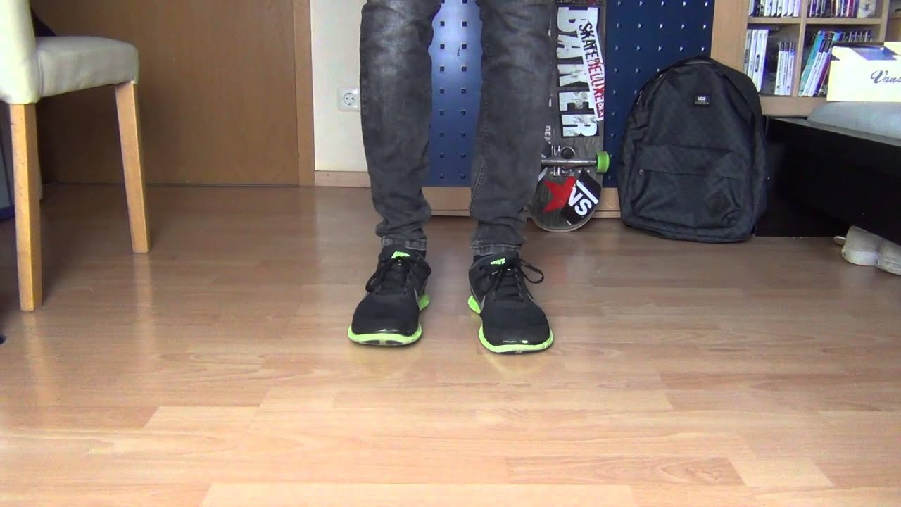14f3303f1414 Nike Free 4.0 V3 BLACK GREEN - On Feet - YouTube