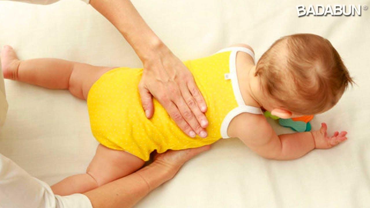 Resultado de imagen para palmadas espalda bebe gases
