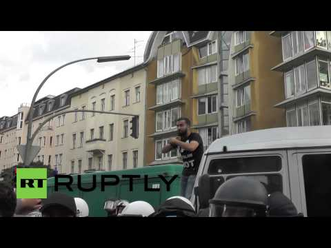 Germany: Pro-Palestinian protesters run riot in Berlin