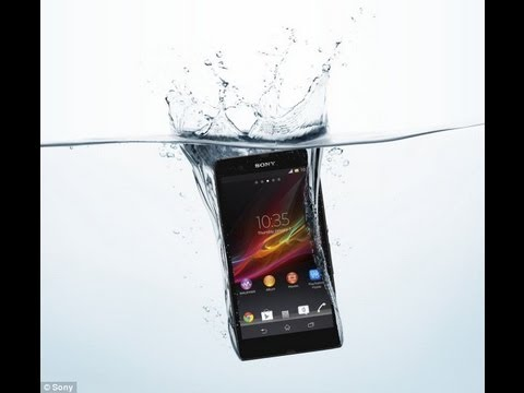 Sony Xperia Z and Xperia ZL at CES 2013