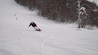 ジャンボタクシーで巡る スノーボードの旅 Snowboarders from China,  boarding on Pippu Ski Resort.