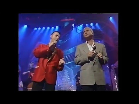 Marc Almond and Gene Pitney   Something's gotten hold of my heart 1989 - Top of the pops