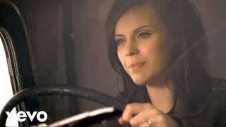 Amy Macdonald - Love Love (Official Video)