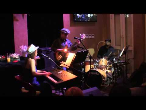 White Christmas - Jazz Funk Trio at Sultan Jazz