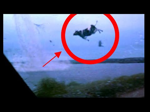 Cyclone footage real : Most shocking moments in camera !