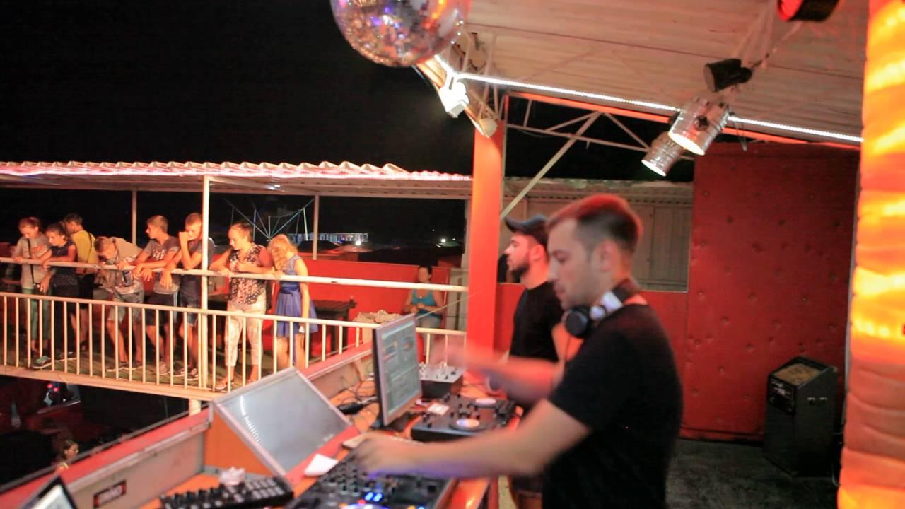 Ночные клубы черного моря сайт мужской клуб