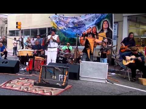 Tumi Arts with Sicanni Tallan Purizaca