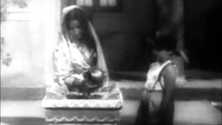 Bhajan Jyoti Kalash Chhalke Hindi movie song with English translations.wmv