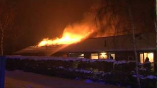 Brand i Villa. Tingbakken i Lindved. 24/12-2009. Kl. 19.23.